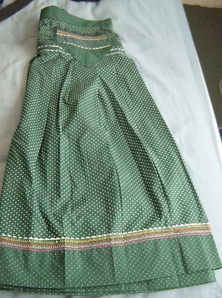 Green_skirt_2